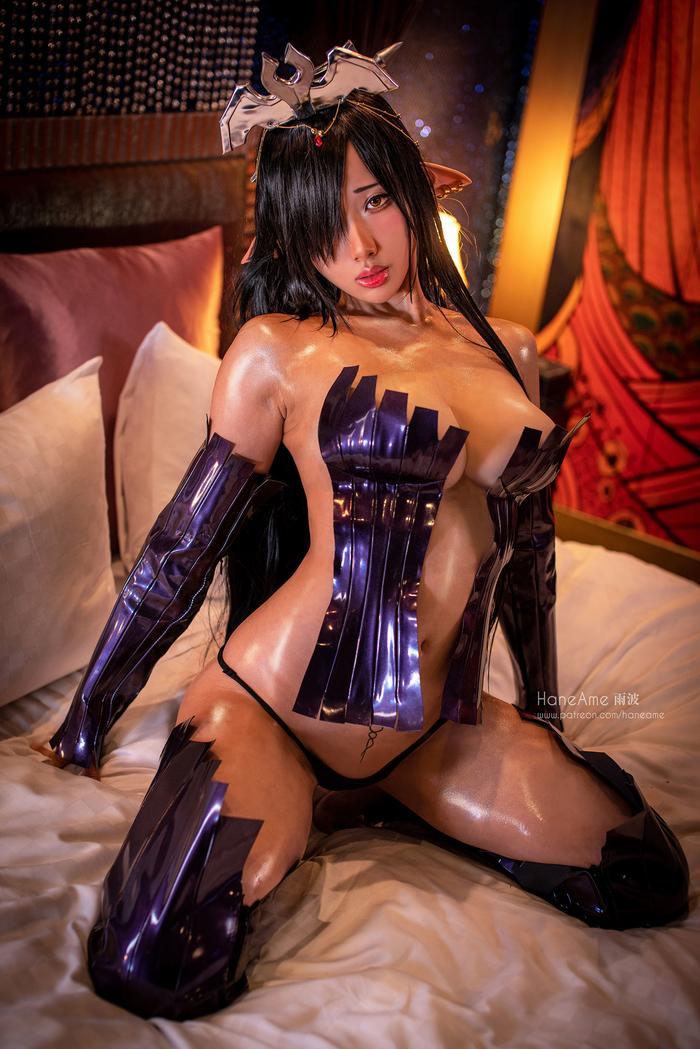 The Dark Elf Queen004