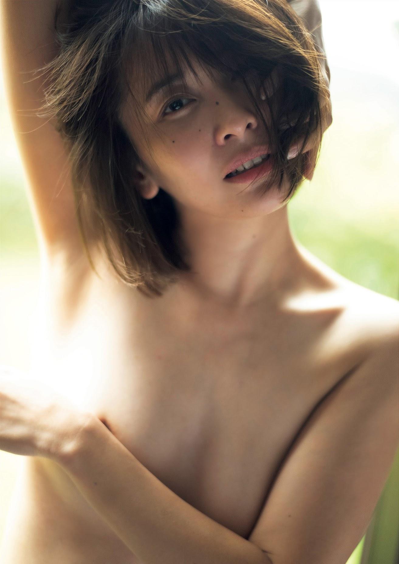 Yamazaki Mami Nude of Love 2020005