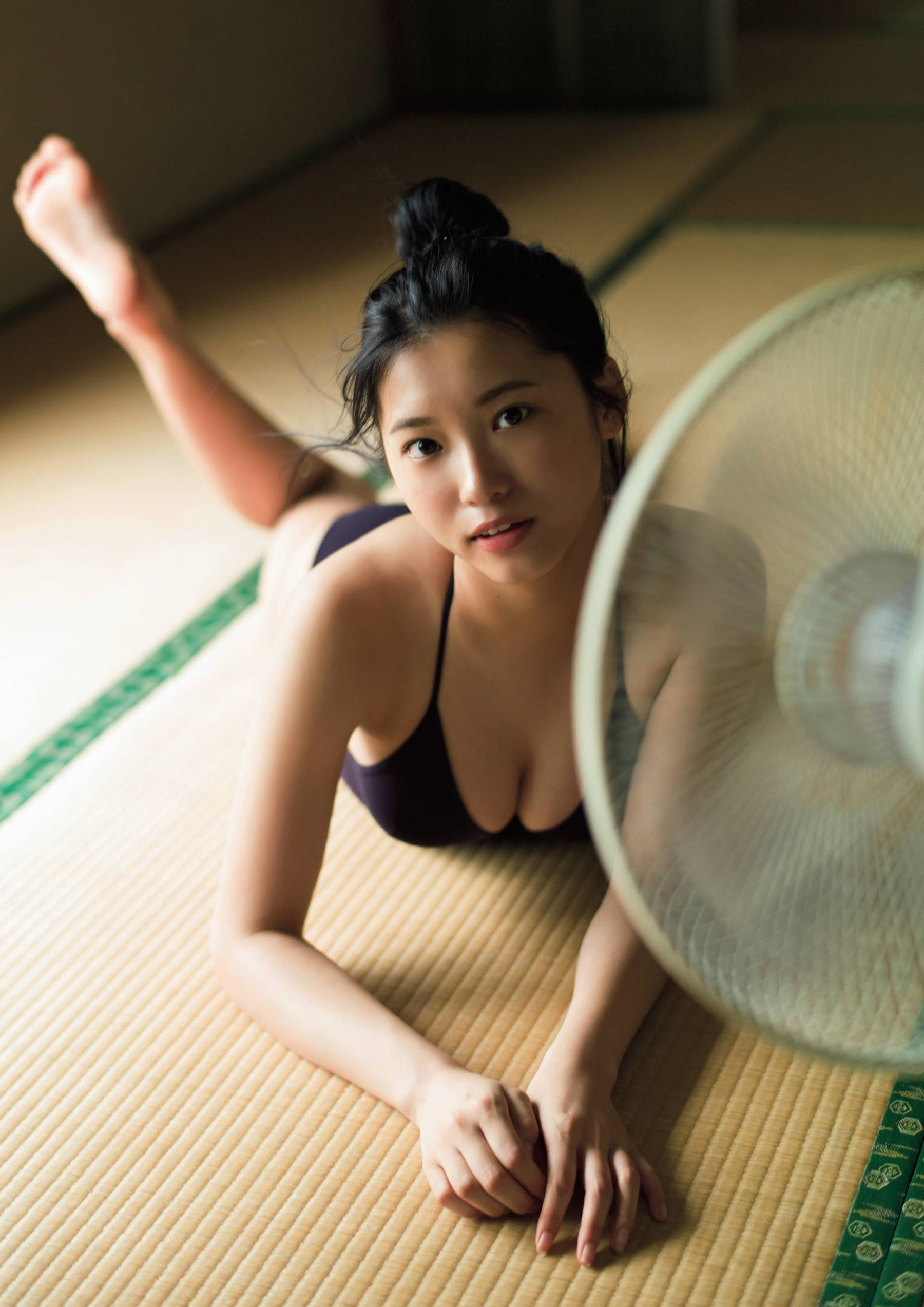 A beautiful girl jumping out of the control system 18 fresh swimsuit gravure Furuta Airi 2019004