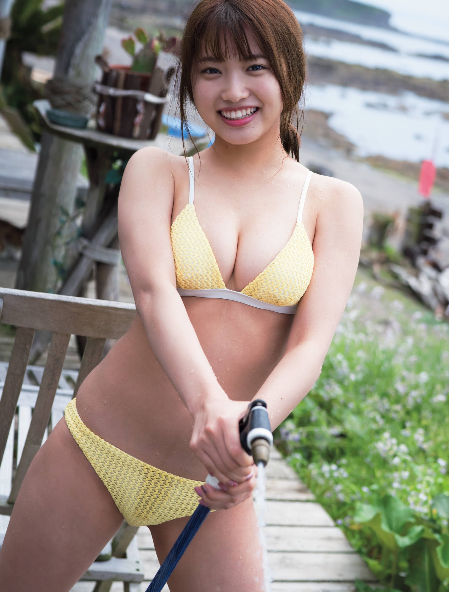 Youngest member of College 18 Airi Furuta 16 years old Bikini after school 2019005
