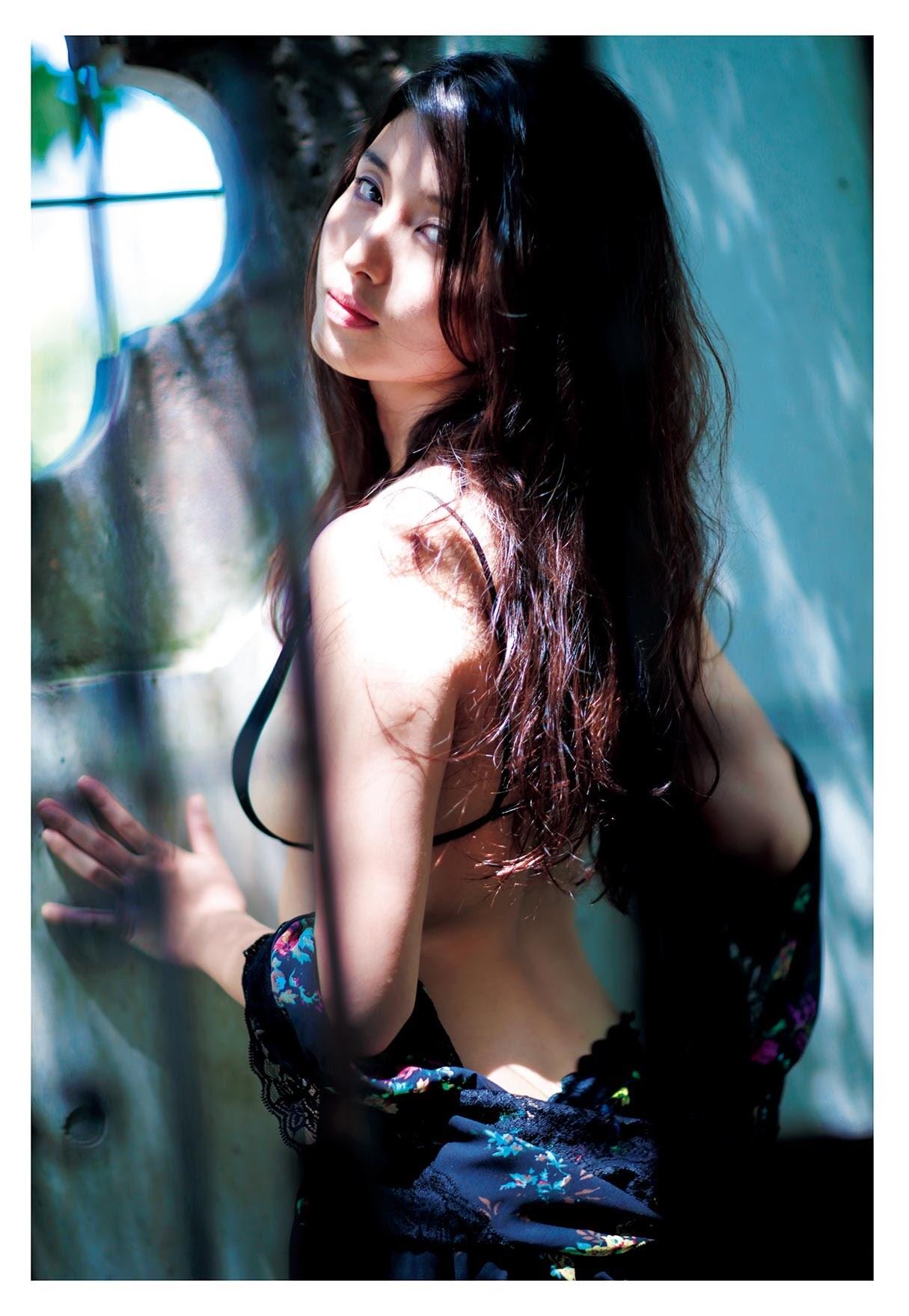 Dignity of Eros Mana Hashimoto006