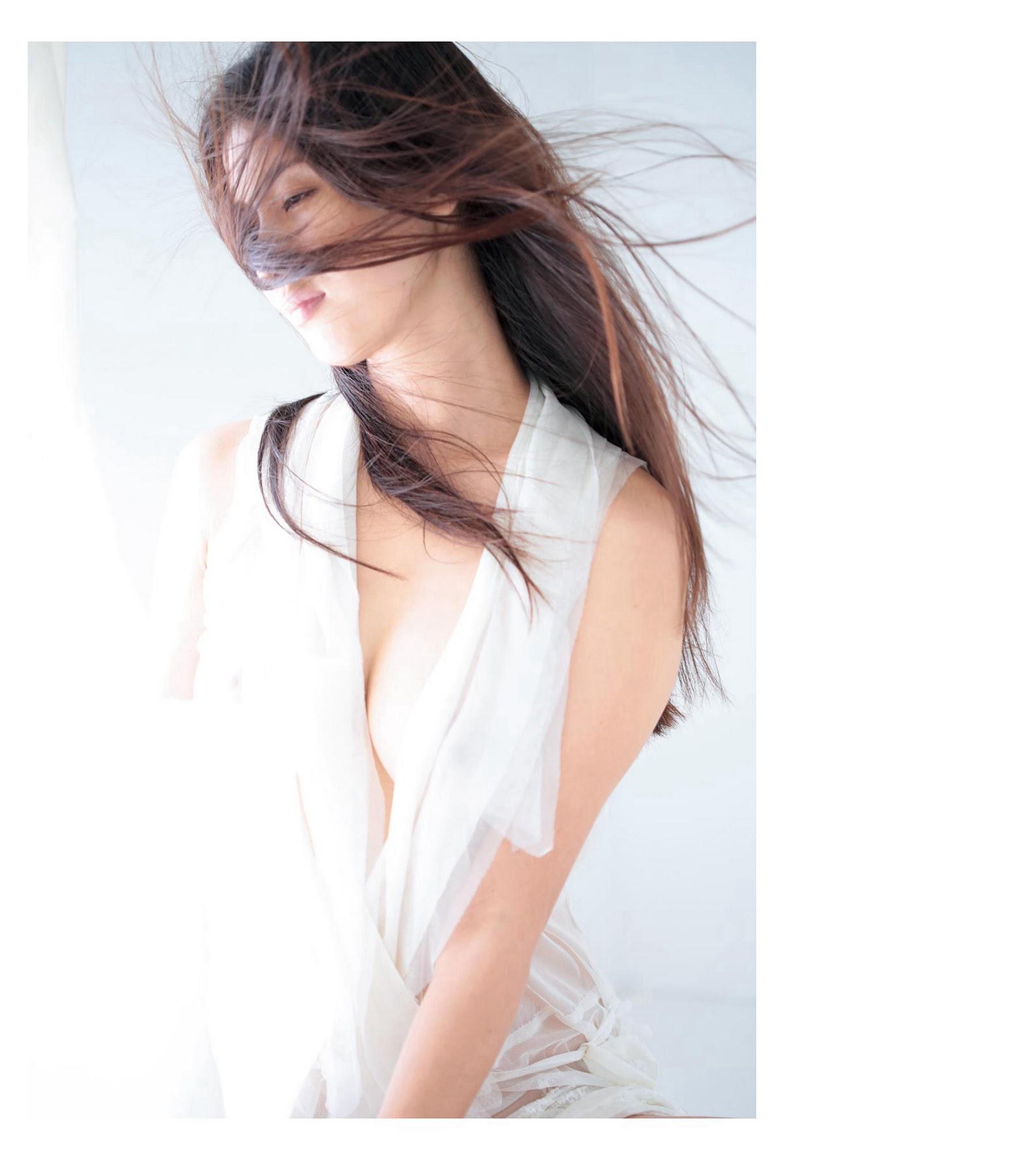 Dignity of Eros Mana Hashimoto034