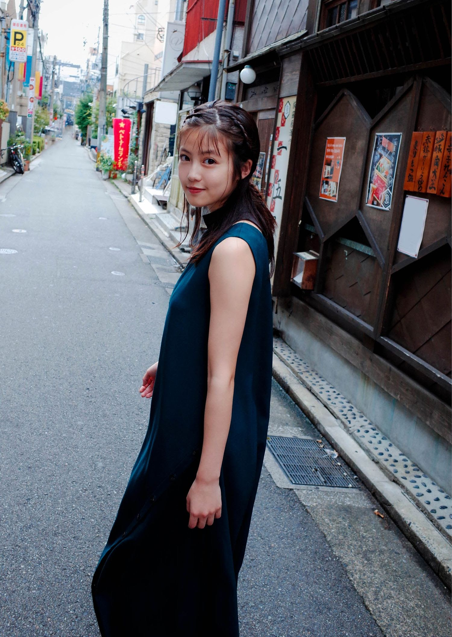 Without a doubt the youngest actress Mio Imada027