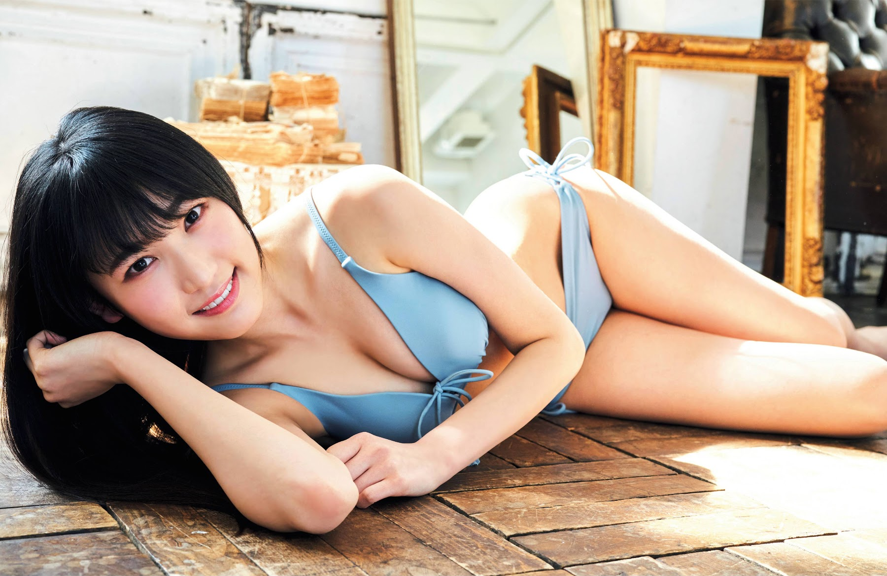 He has a mottoI love fashion good foodand suspense drama Nambas beautiful tall model girl is going to appear in swimsuit gravure Karin Hara 2020004