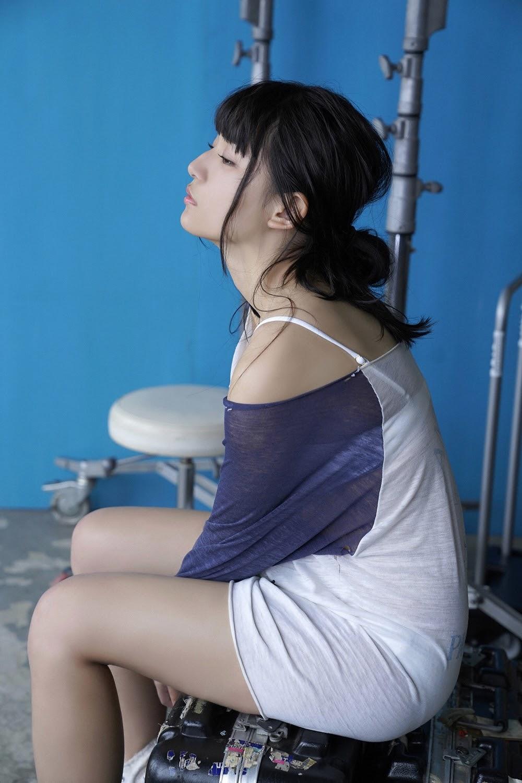 NANA ASAKAWA HOT SHOT025