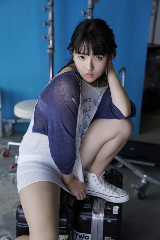 NANA ASAKAWA HOT SHOT028