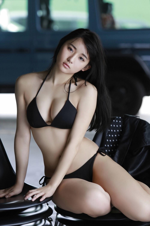 NANA ASAKAWA HOT SHOT054