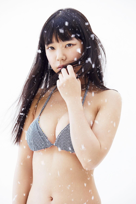 Its a strong type Marina Nagasawa Bandeau Bikini 2019016
