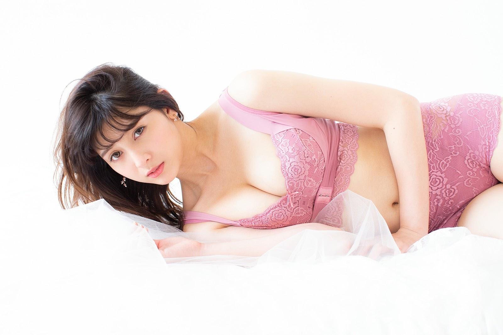 Fluffy Room Blubless Underwear Model Angela Mei011
