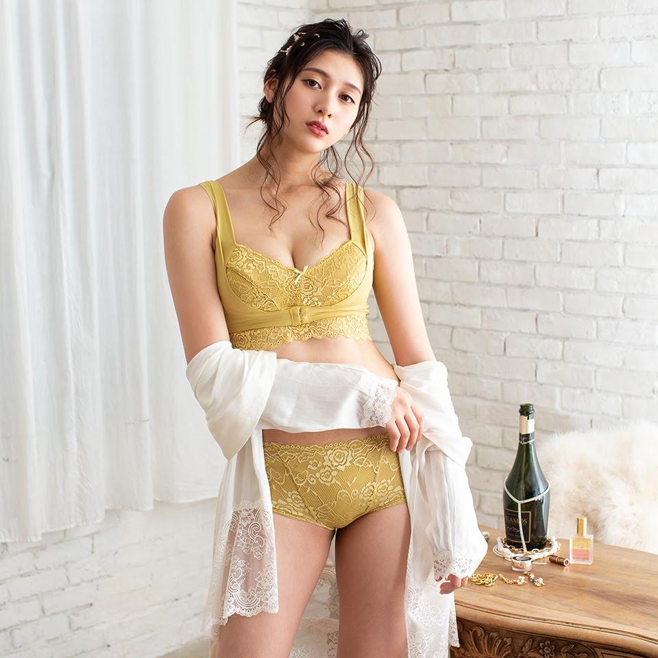 Fluffy Room Blubless Underwear Model Angela Mei024
