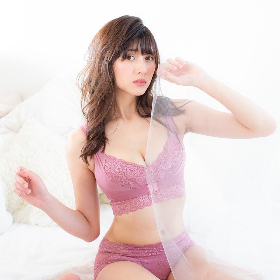 Fluffy Room Blubless Underwear Model Angela Mei035