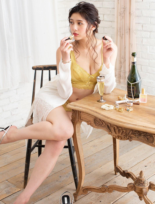 Fluffy Room Blubless Underwear Model Angela Mei059