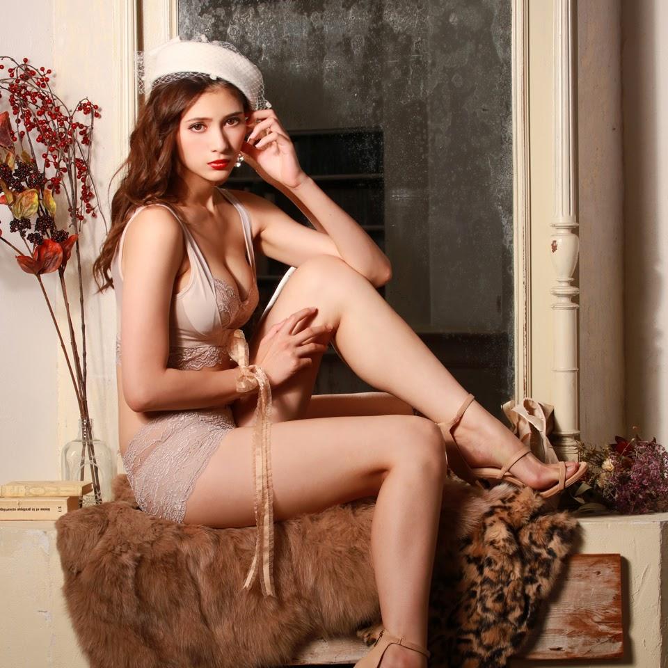 Fluffy Room Blubless Underwear Model Angela Mei082