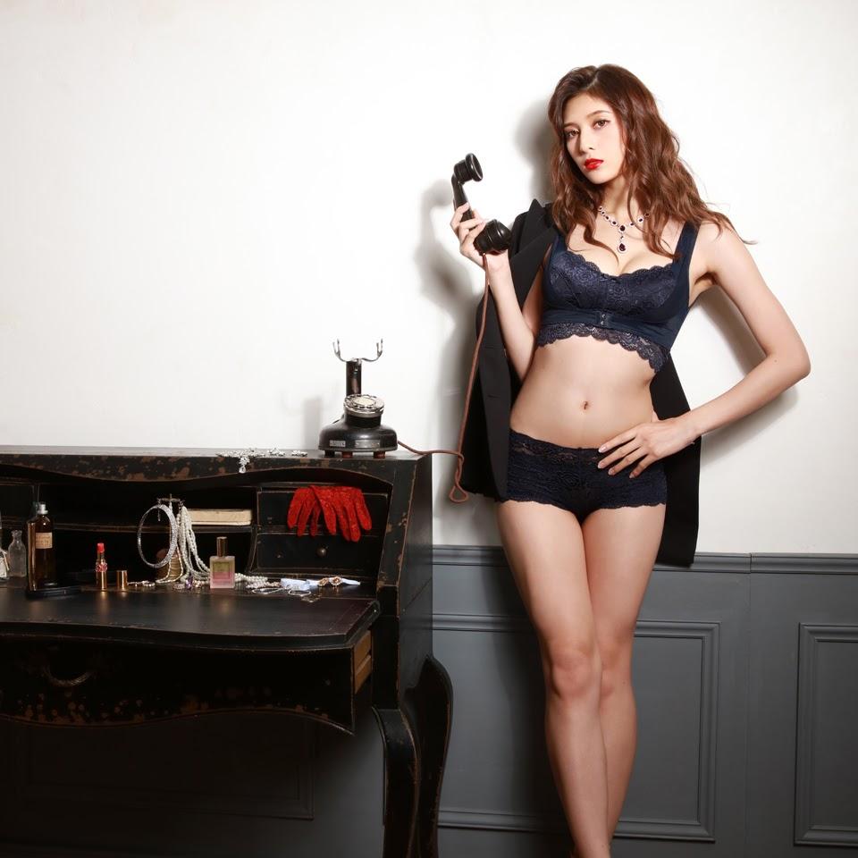 Fluffy Room Blubless Underwear Model Angela Mei084
