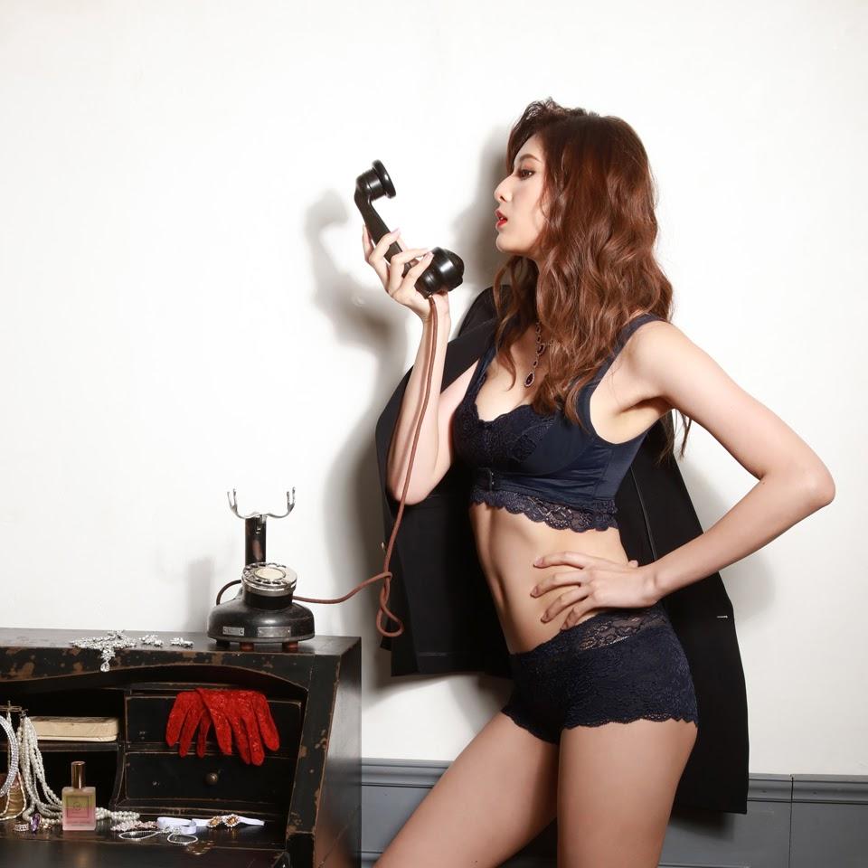 Fluffy Room Blubless Underwear Model Angela Mei085