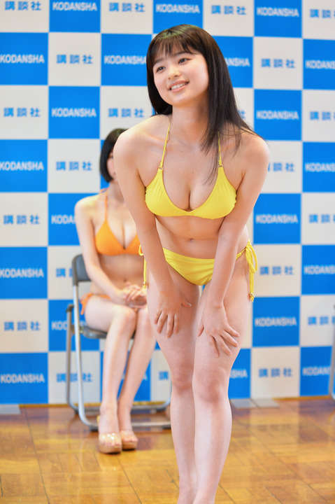 Miss Magazine 2020s Best 16 Swimsuit Images at the Announcement067