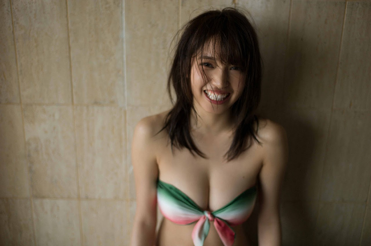 Gravure world treasure BODY Dynamic Miyubai pops up in winter in Okinawa002