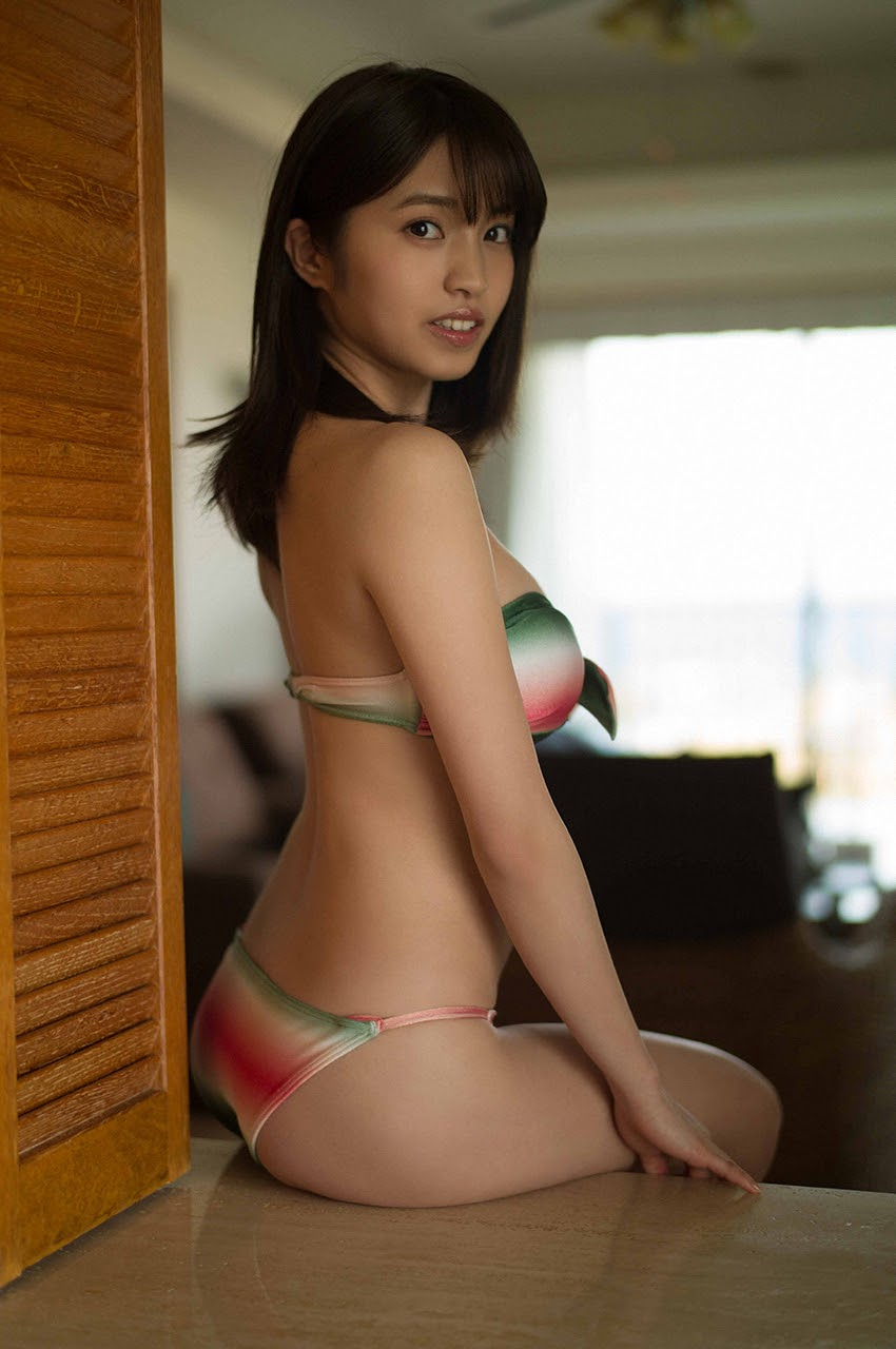 Gravure world treasure BODY Dynamic Miyubai pops up in winter in Okinawa012