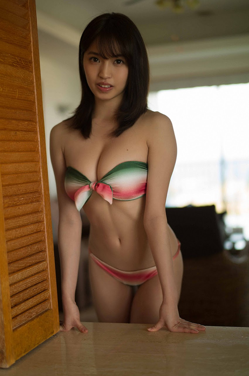 Gravure world treasure BODY Dynamic Miyubai pops up in winter in Okinawa013