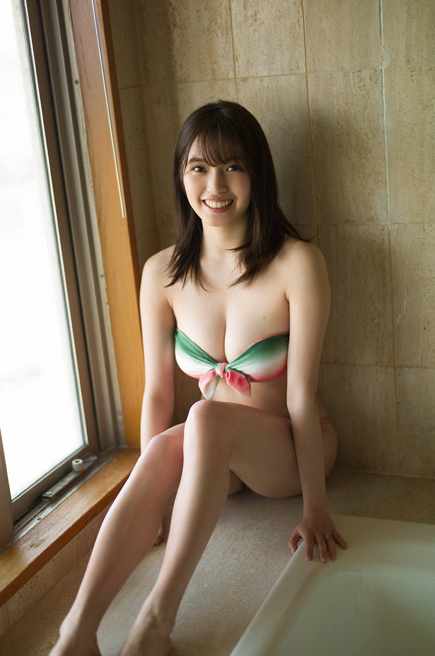 Gravure world treasure BODY Dynamic Miyubai pops up in winter in Okinawa018