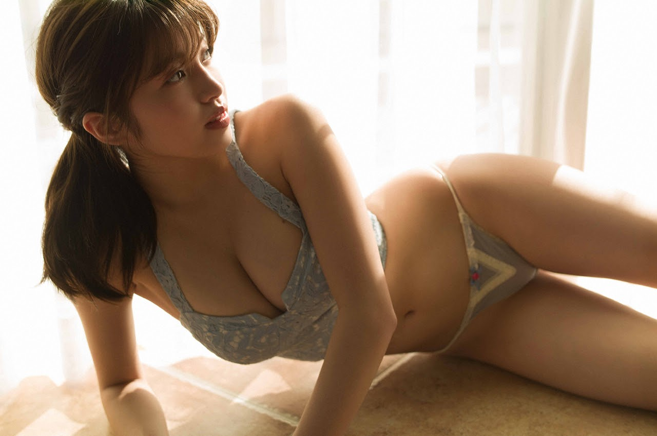 Gravure world treasure BODY Dynamic Miyubai pops up in winter in Okinawa037