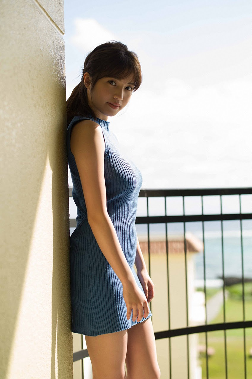 Gravure world treasure BODY Dynamic Miyubai pops up in winter in Okinawa050
