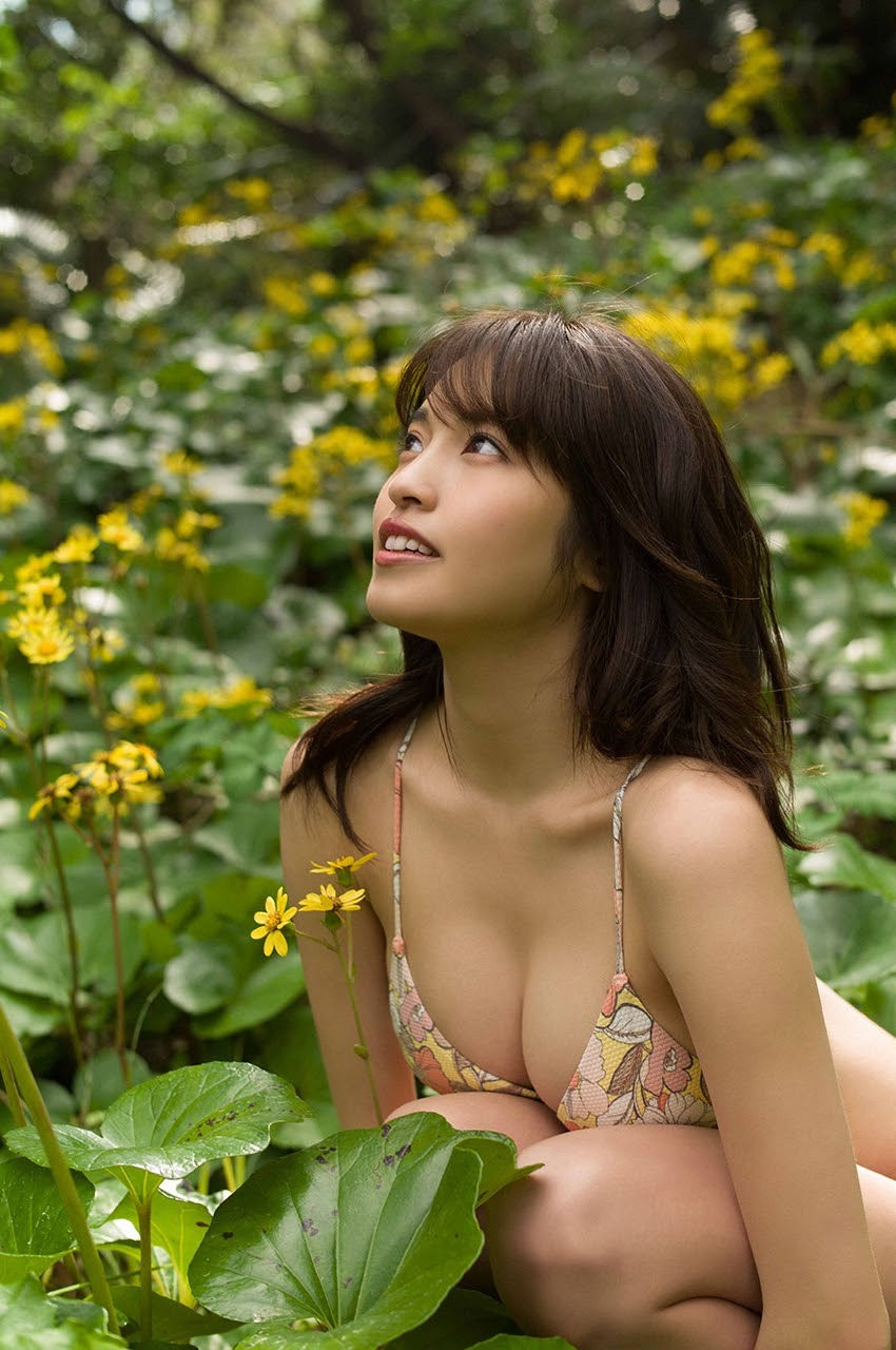 Gravure world treasure BODY Dynamic Miyubai pops up in winter in Okinawa052