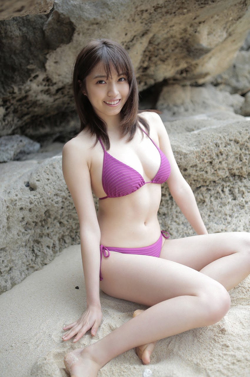 Gravure world treasure BODY Dynamic Miyubai pops up in winter in Okinawa070