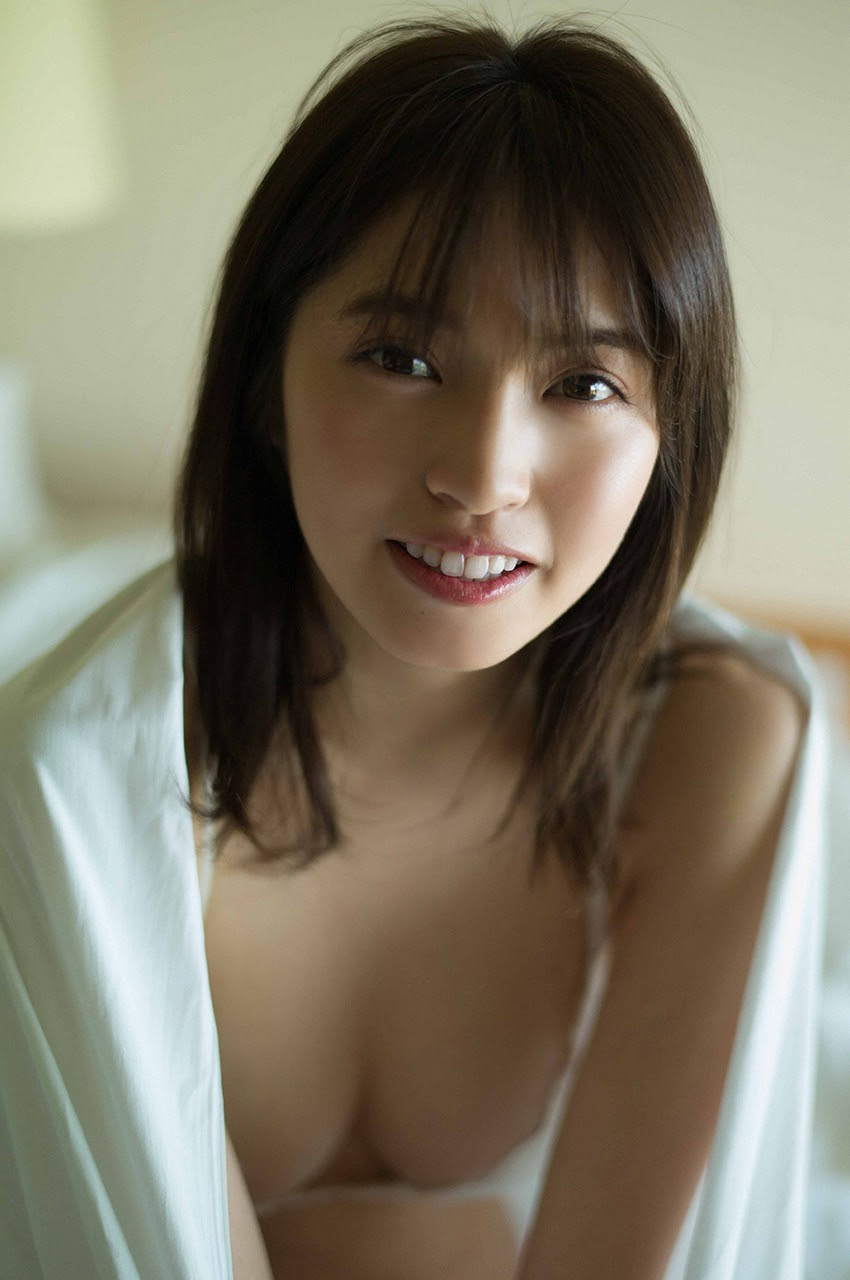 Gravure world treasure BODY Dynamic Miyubai pops up in winter in Okinawa079