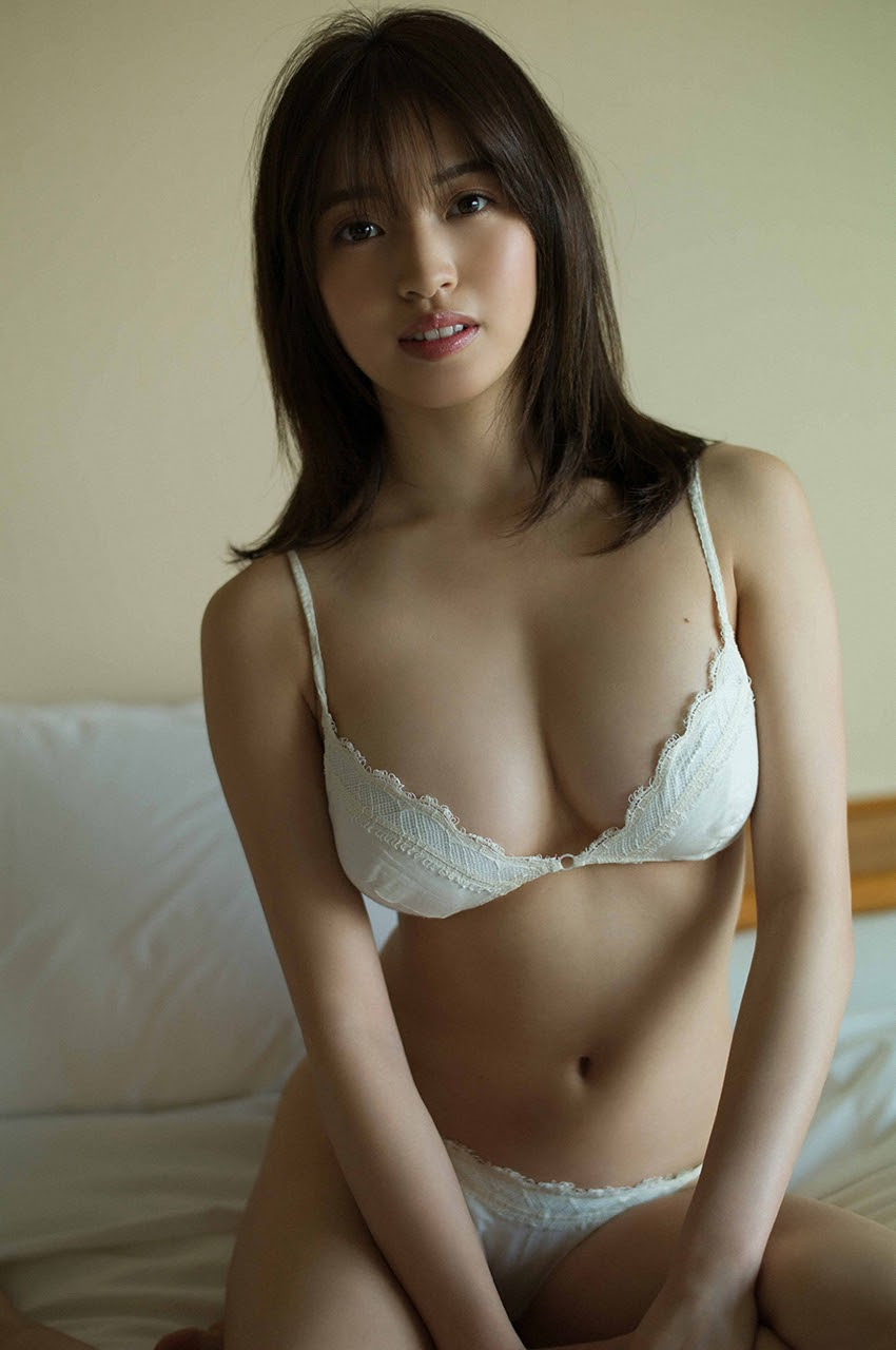 Gravure world treasure BODY Dynamic Miyubai pops up in winter in Okinawa082
