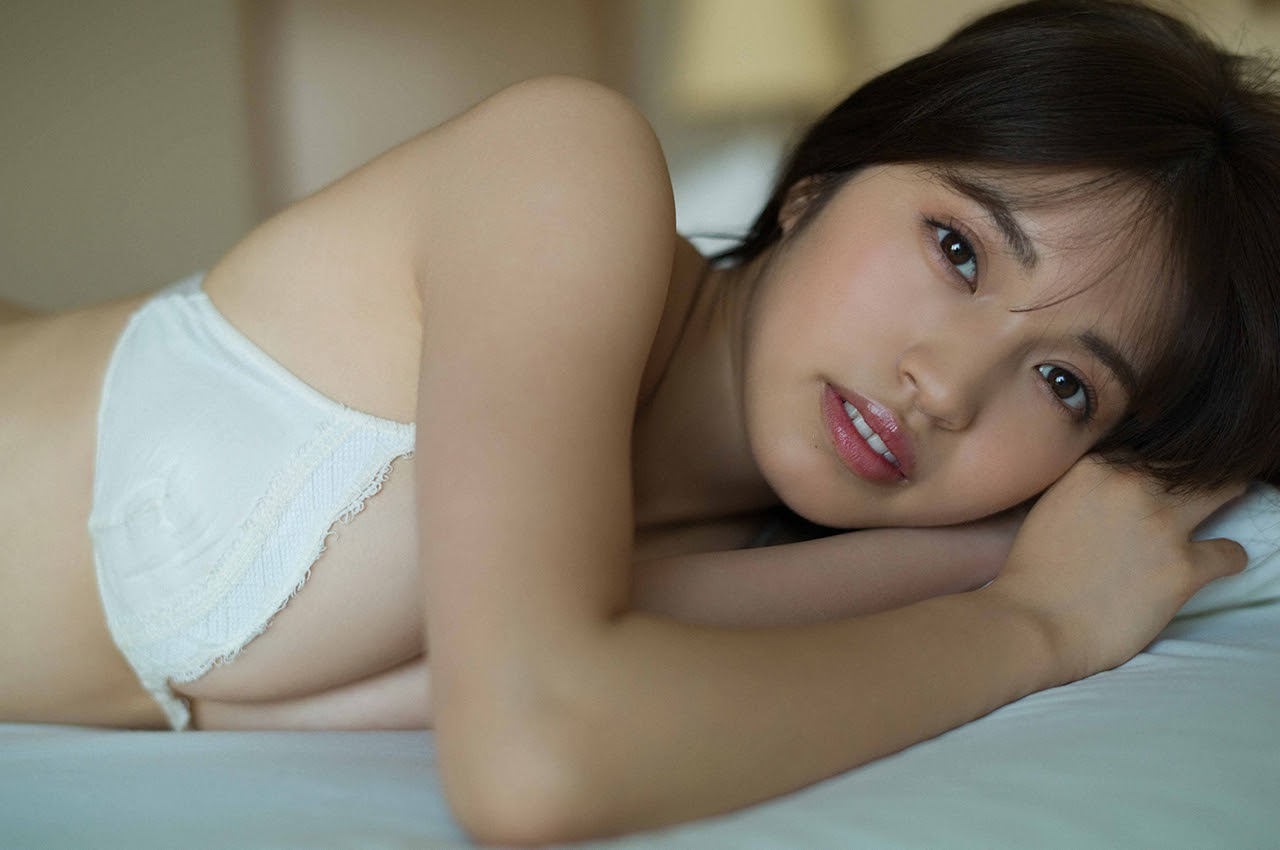 Gravure world treasure BODY Dynamic Miyubai pops up in winter in Okinawa087
