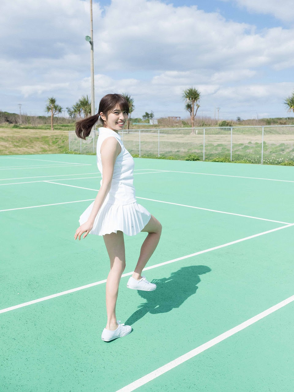 Gravure world treasure BODY Dynamic Miyubai pops up in winter in Okinawa106