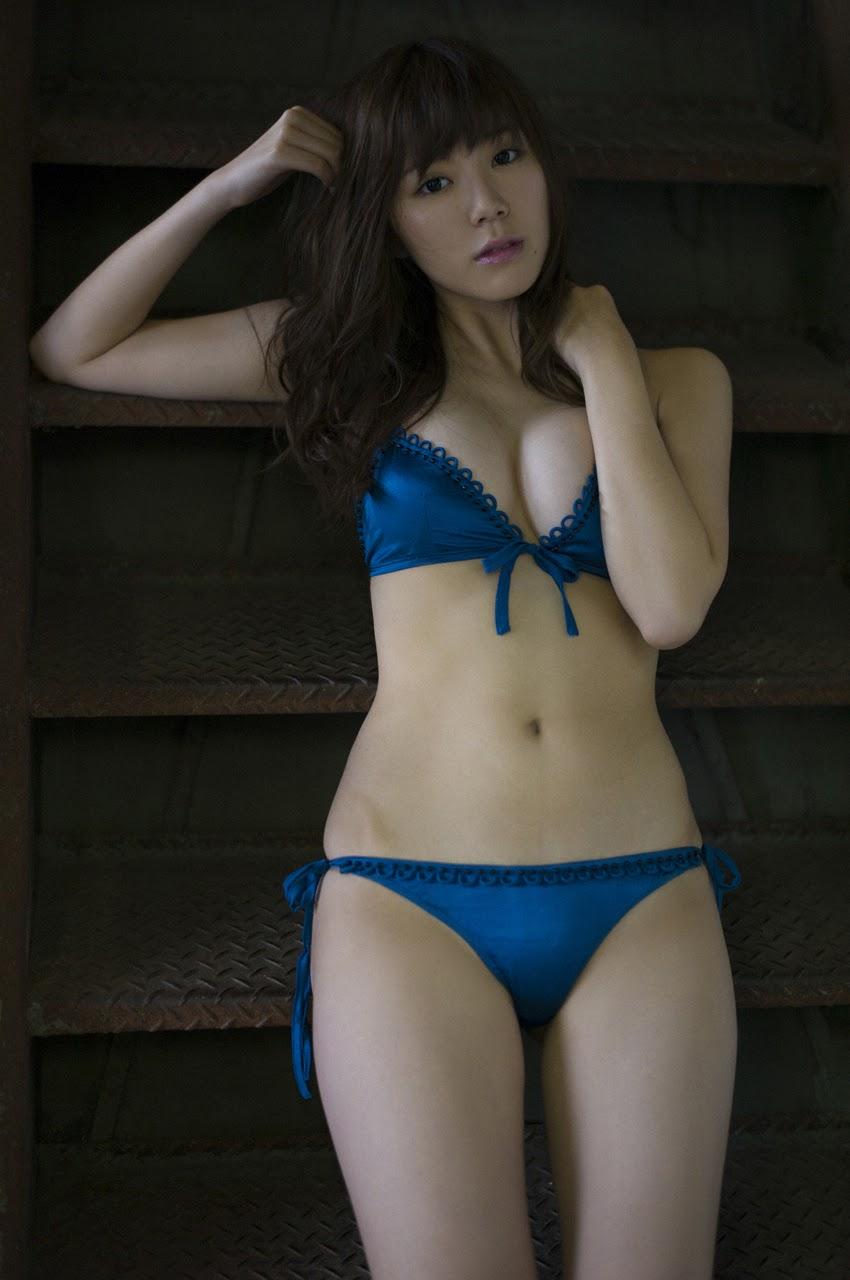 SHIORI KANEKOs015