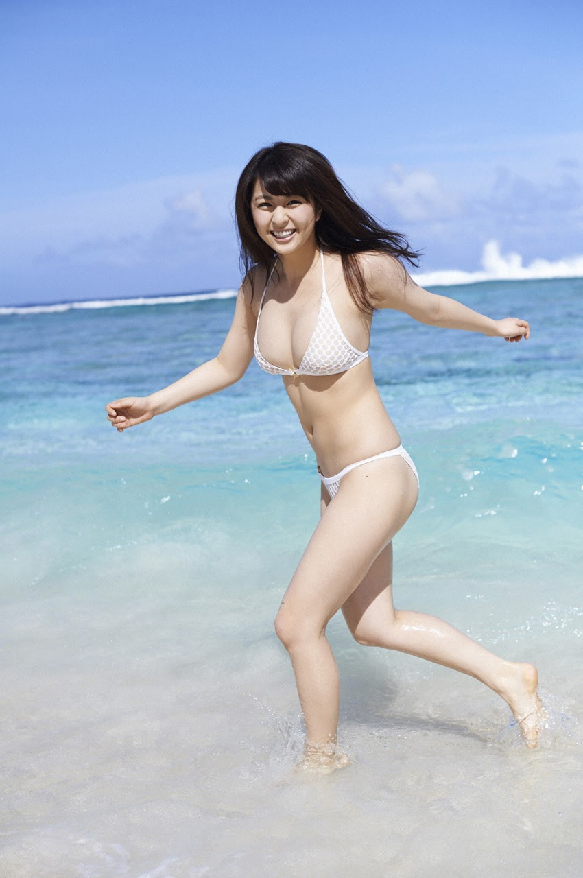 Bikini on a white sandy beach003