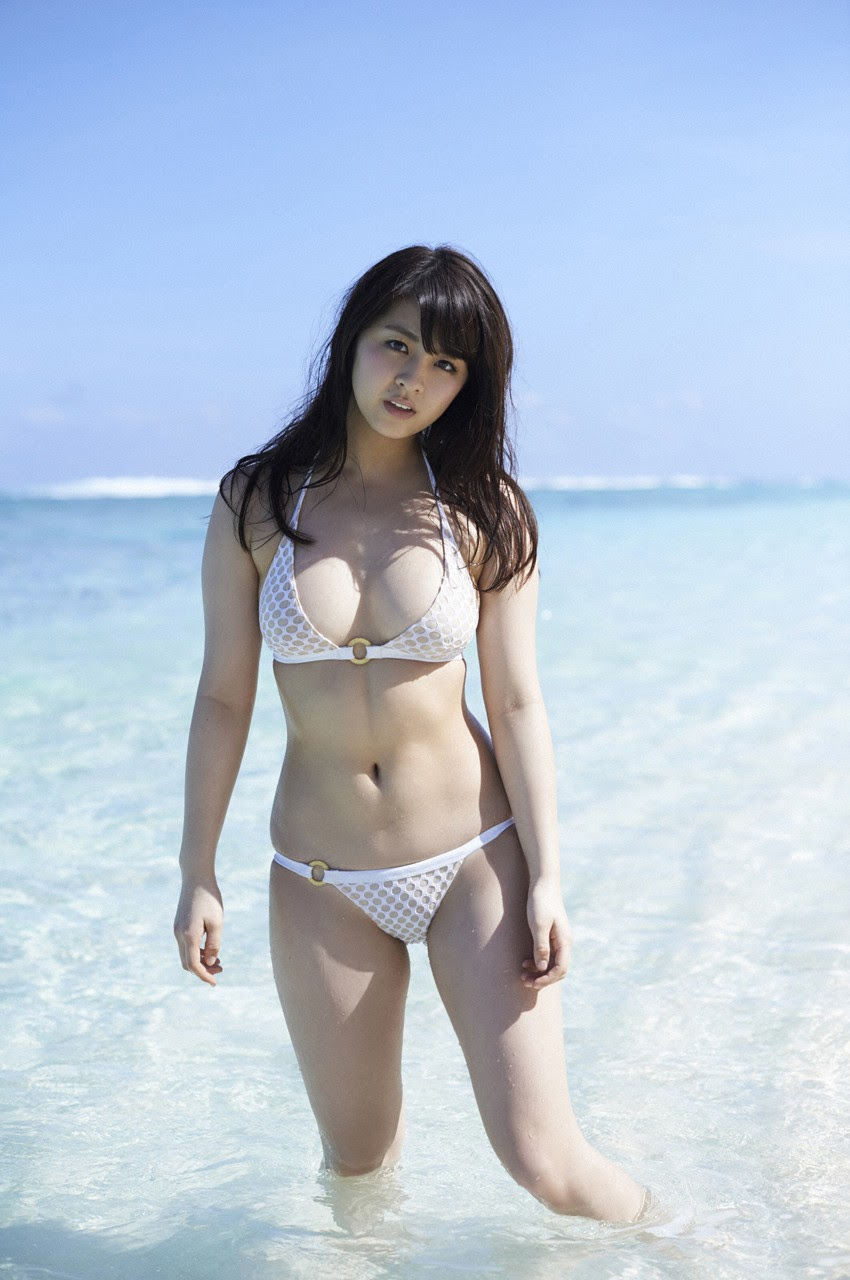 Bikini on a white sandy beach009