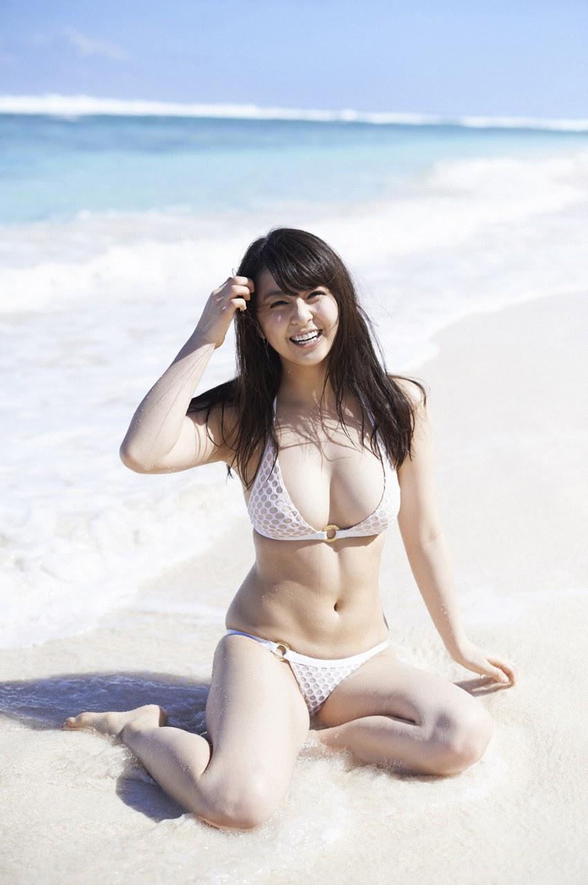 Bikini on a white sandy beach012