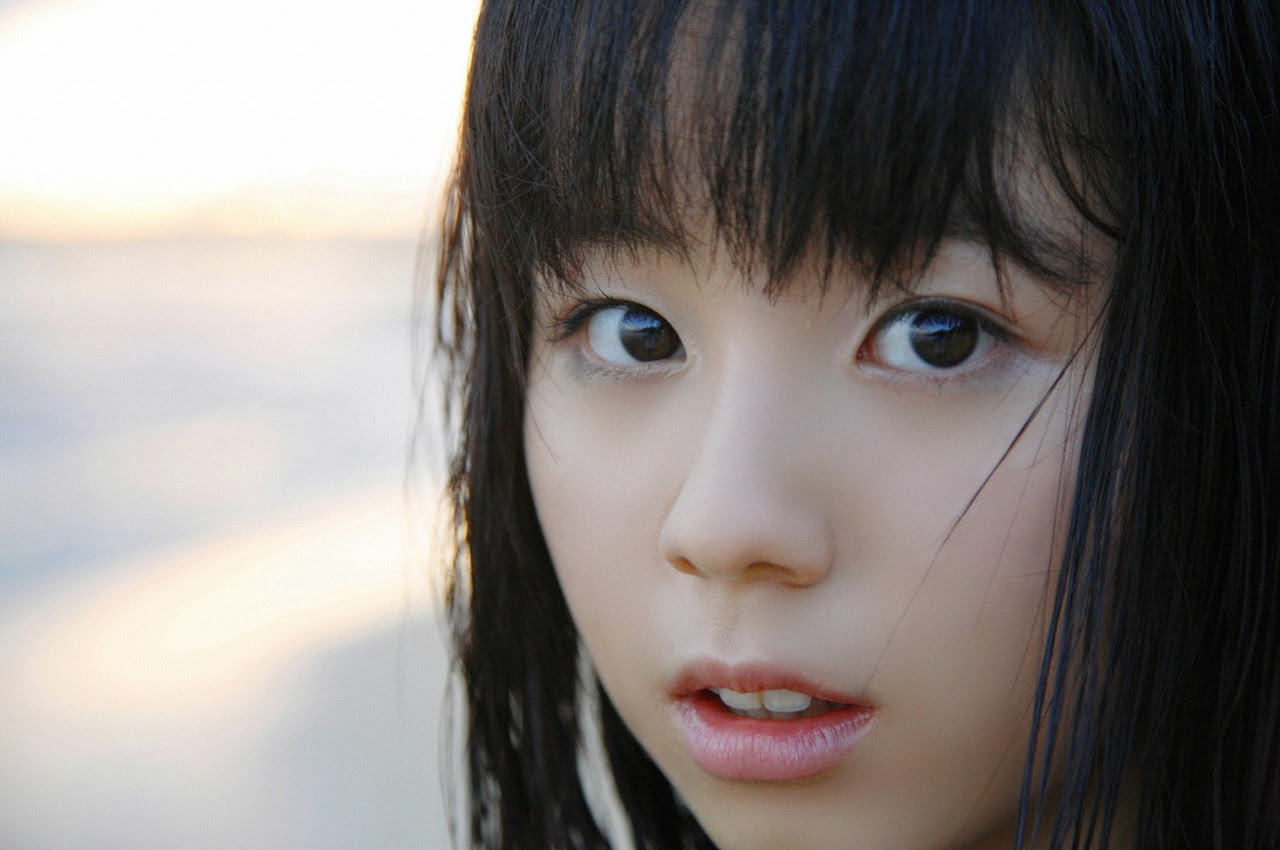 The ultimate beautiful girls angel smile explodes in Okinawa for the first time experience Rina Koike056
