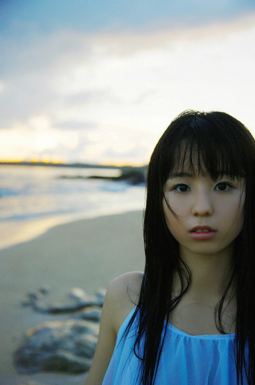 The ultimate beautiful girls angel smile explodes in Okinawa for the first time experience Rina Koike057