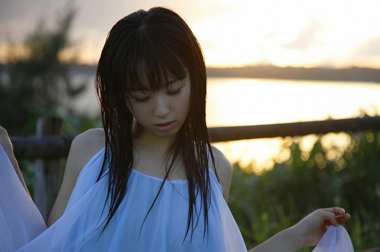 The ultimate beautiful girls angel smile explodes in Okinawa for the first time experience Rina Koike059