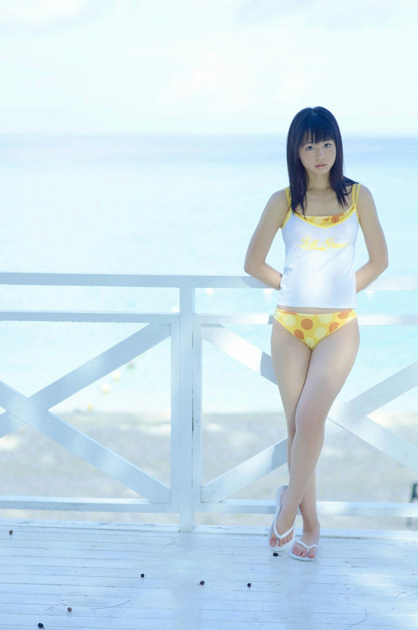 The ultimate beautiful girls angel smile explodes in Okinawa for the first time experience Rina Koike082