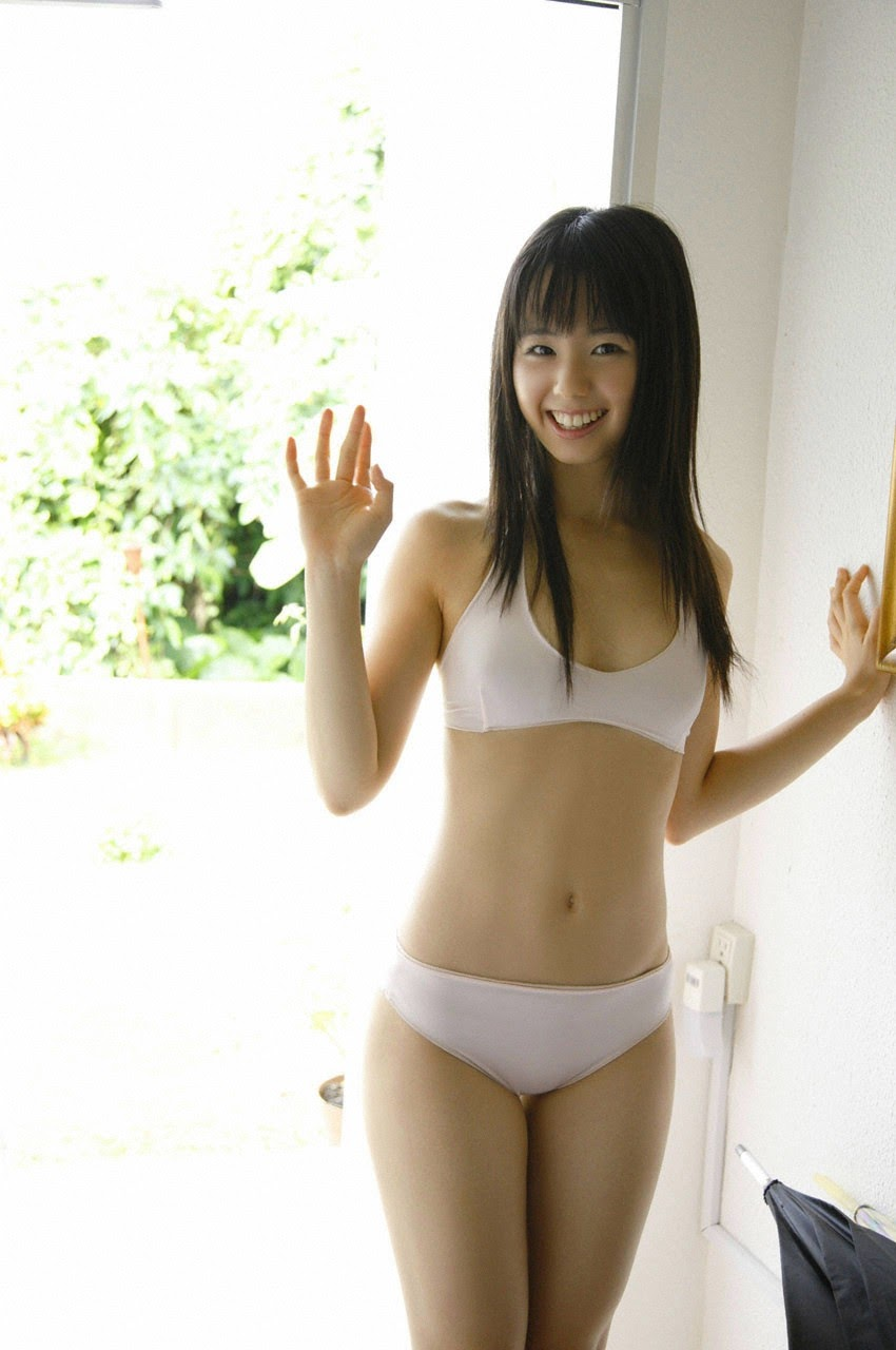 The ultimate beautiful girls angel smile explodes in Okinawa for the first time experience Rina Koike089