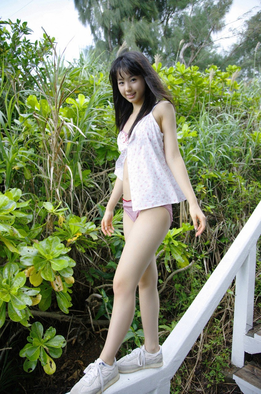 The ultimate beautiful girls angel smile explodes in Okinawa for the first time experience Rina Koike102