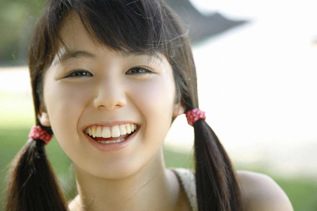 The ultimate beautiful girls angel smile explodes in Okinawa for the first time experience Rina Koike127