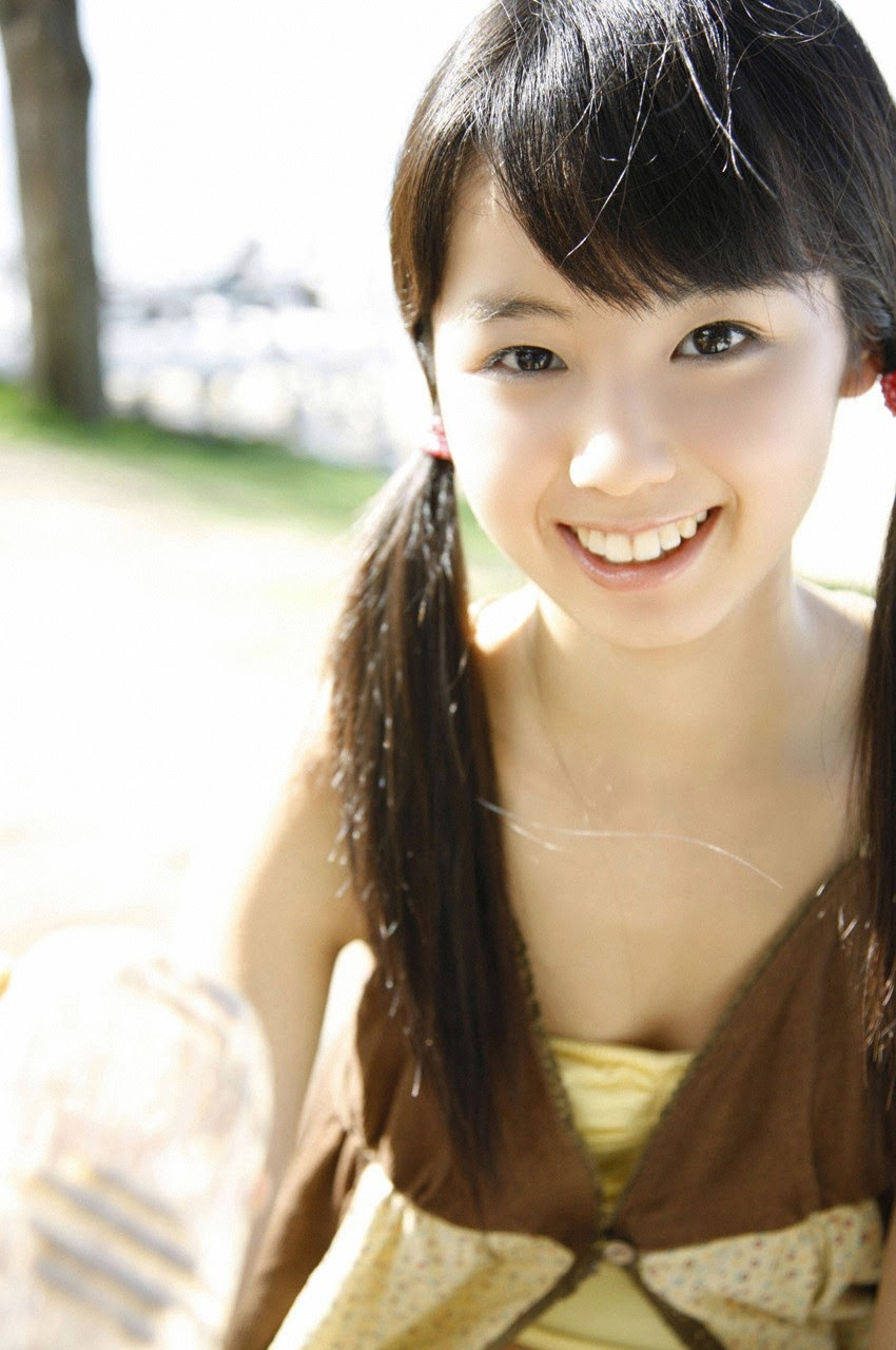 The ultimate beautiful girls angel smile explodes in Okinawa for the first time experience Rina Koike129