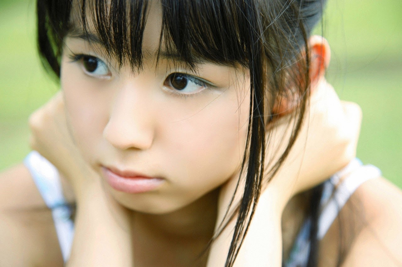 The ultimate beautiful girls angel smile explodes in Okinawa for the first time experience Rina Koike150