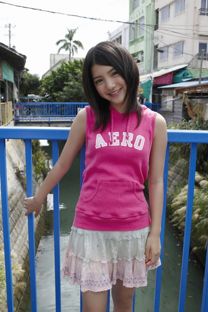 Umi chans smile explodes on some southern island028