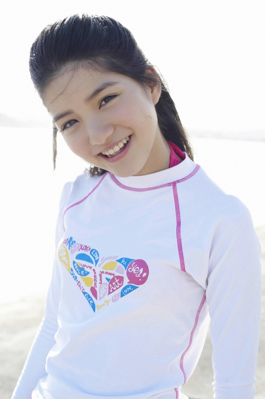 Umi chans smile explodes on some southern island038