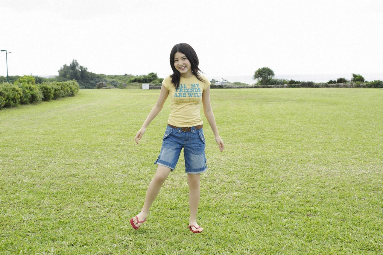 Umi chans smile explodes on some southern island091