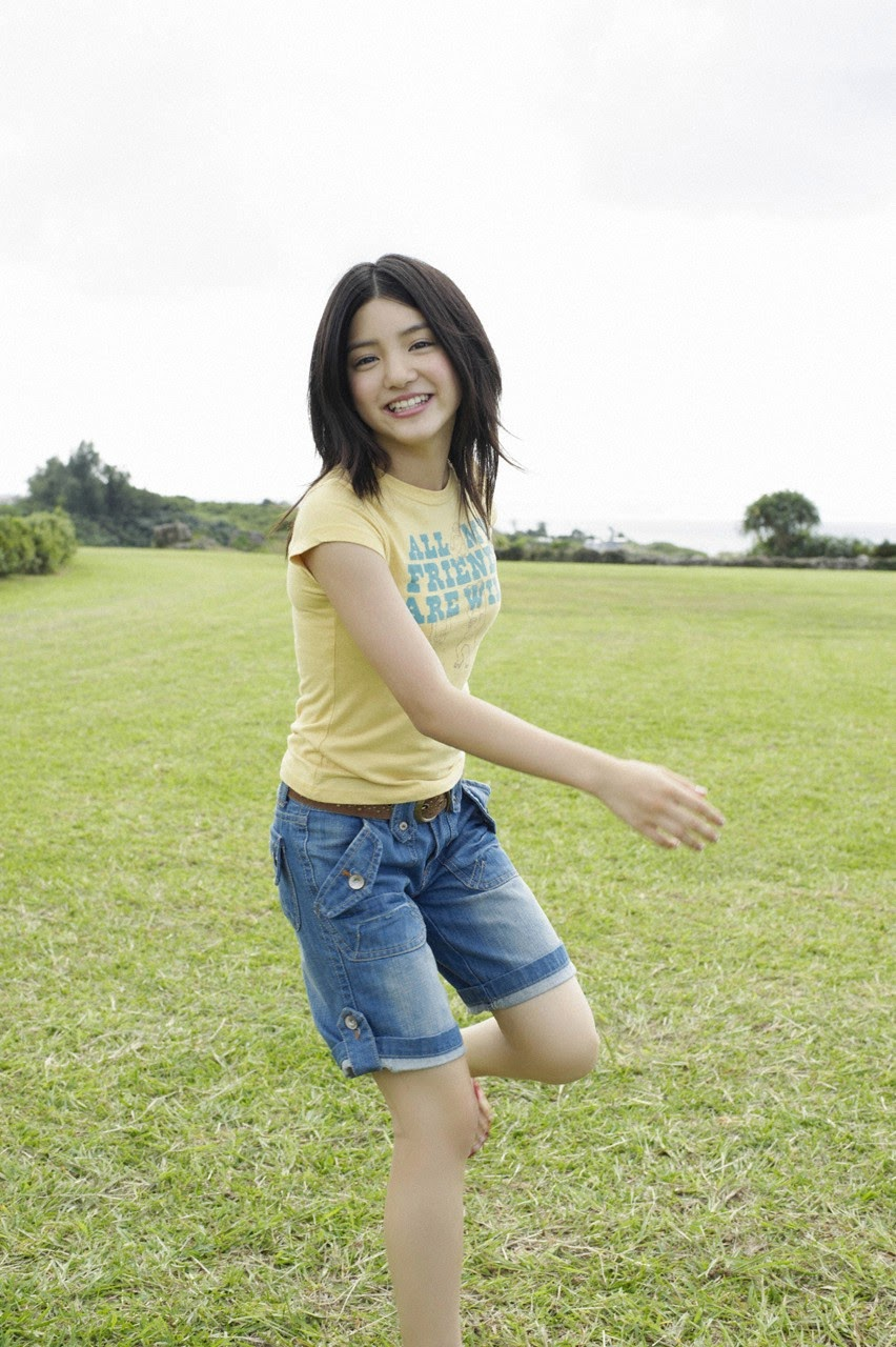 Umi chans smile explodes on some southern island092