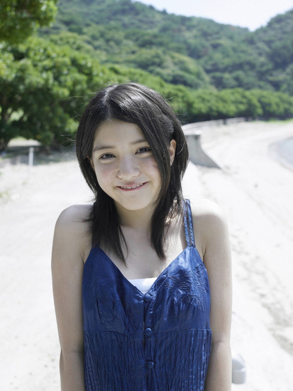 Umi chans smile explodes on some southern island157
